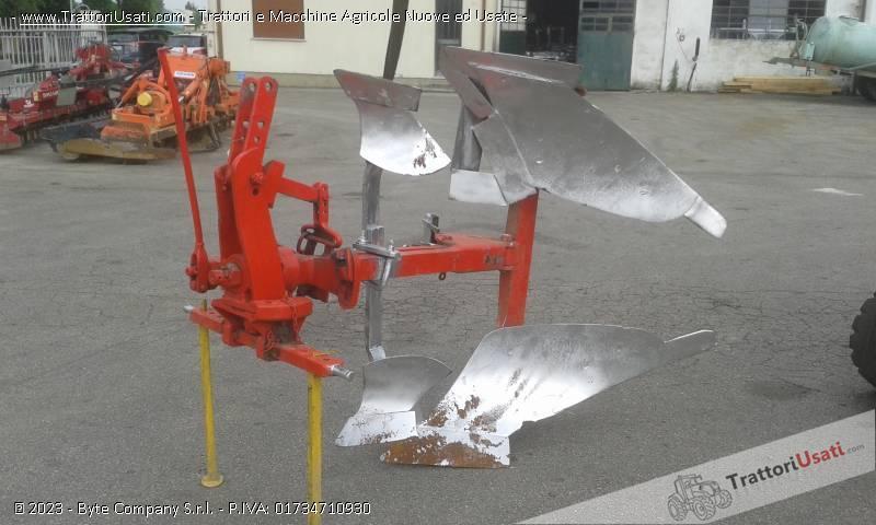 Aratro  - monovomere voltaorecchio meccanico 1