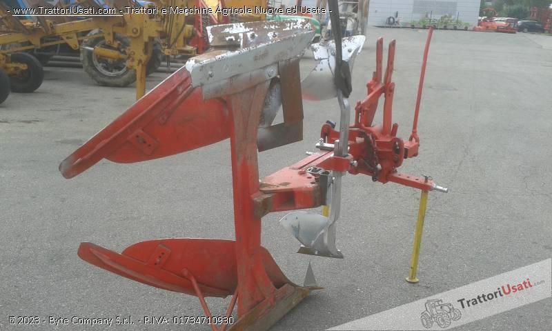 Aratro  - monovomere voltaorecchio meccanico 3