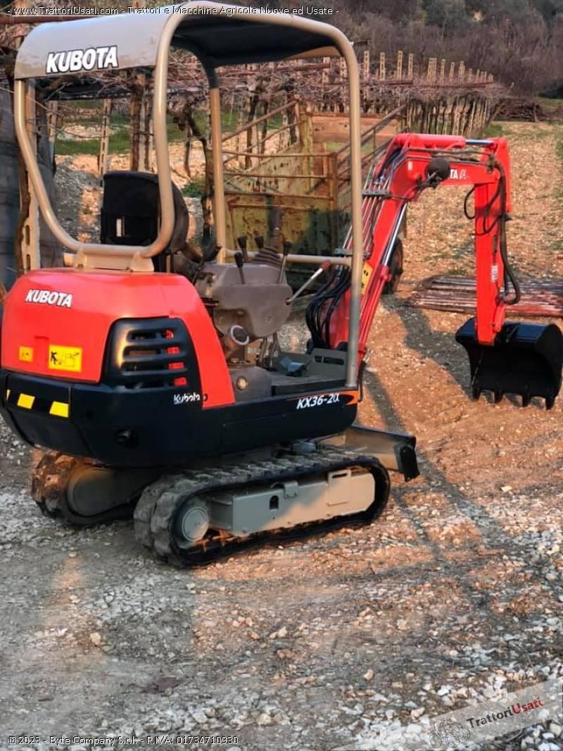 Mini escavatore kubota - kx36-2 g 3