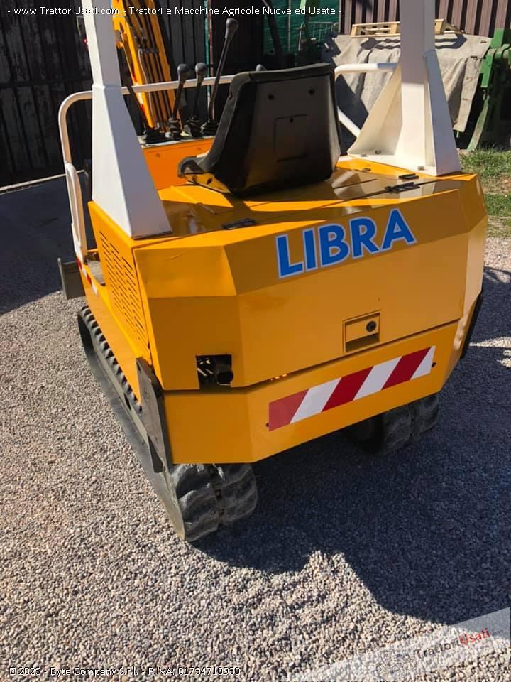 Mini escavatore  - libra 15 quintali modello 115t 1
