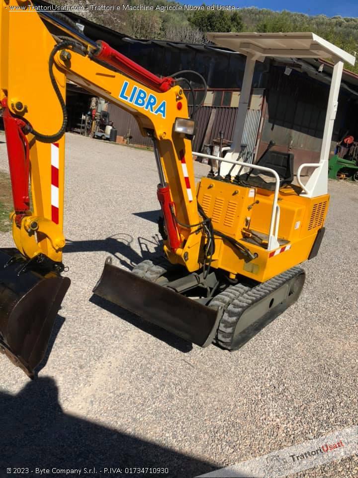Mini escavatore  - libra 15 quintali modello 115t 2