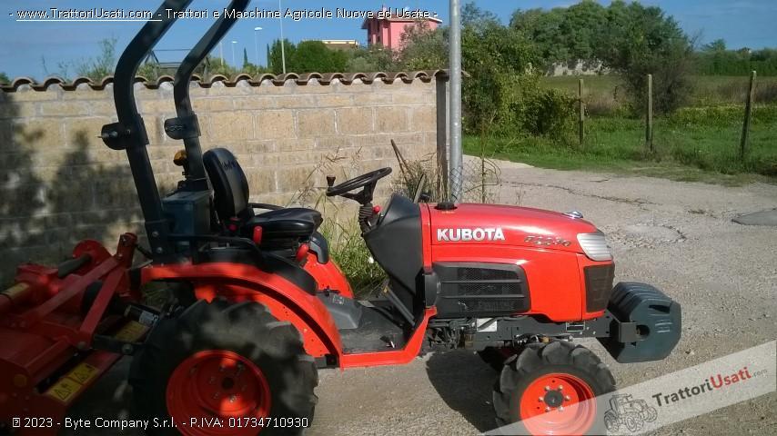 Trattore kubota - b2230 3