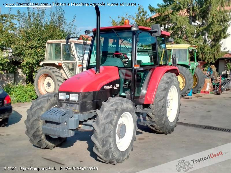Trattore new holland - l75 4